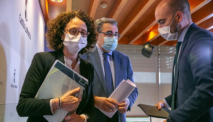 Fernández asegura que Castilla-La Mancha tiene margen de maniobra asistencial en unas semanas complicadas por el incremento de casos COVID tras las Navidades
