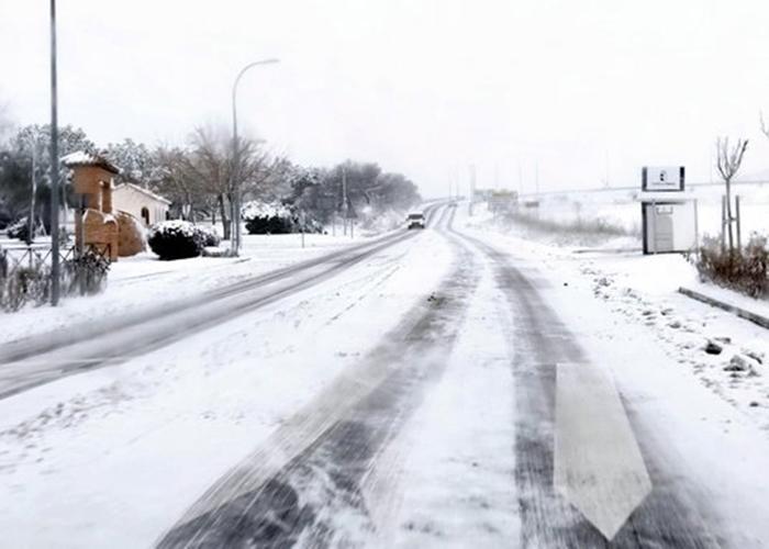 Más de 1.560 kilómetros de la red regional de carreteras afectados por el temporal de nieve en Cuenca y 1.408 en Guadalajara