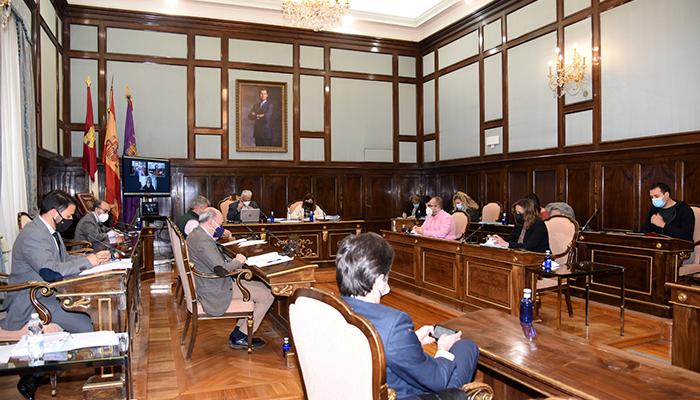 El Consorcio de Residuos de Guadalajara tendrá servicio de recogida domiciliaria de aceite usado y restos textiles