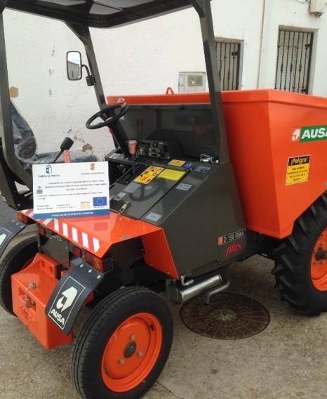 Málaga del Fresno adquiere un dumper y nuevos contenedores para aumentar la capacidad del punto limpio