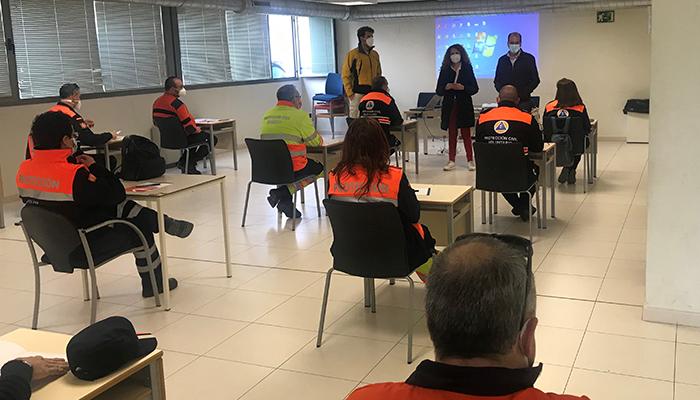 Siete agrupaciones de Protección Civil de Guadalajara se forman en diversas técnicas para actuar ante un incendio en espacios con vegetación