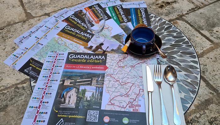 La Diputación de Guadalajara envía manteles desechables y geles desinfectantes a restaurantes de la provincia