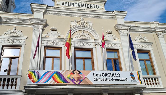 El Ayuntamiento de Guadalajara reitera su compromiso con una sociedad diversa y tolerante en el Día Internacional contra la Homofobia, Transfobia y Bifobia