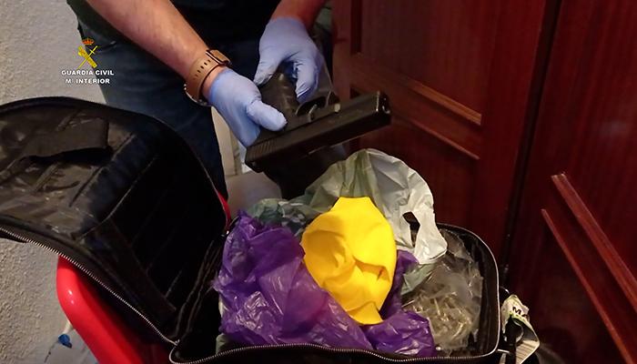 La Guardia Civil desarticula una organización criminal dedicada al tráfico de drogas muy activa que operaba en Guadalajara, Madrid y Burgos