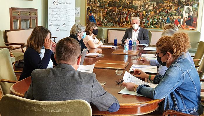 La Diputación Guadalajara firmará un convenio con WADO LGTBI+ para atención a la diversidad en toda la provincia
