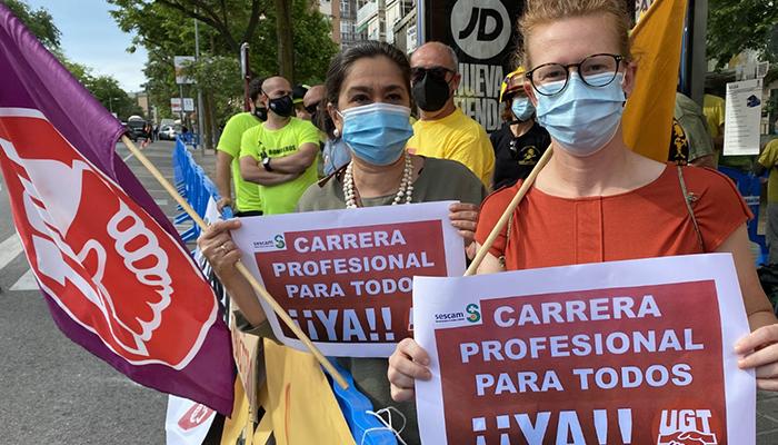 """UGT hace que las reivindicaciones de los Profesionales de la Sanidad se """"cuelen"""" en el Día de Castilla la Mancha"""