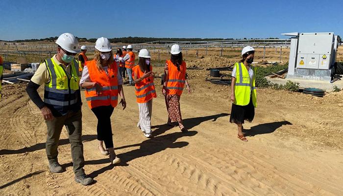 El Gobierno regional pone en valor la generación de empleo para mujeres en el sector energético como motor de lucha frente a la despoblación