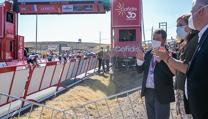 """El Gobierno regional señala que es importante que la Vuelta pase por Castilla-La Mancha """"para difundir nuestra riqueza patrimonial y cultural"""""""