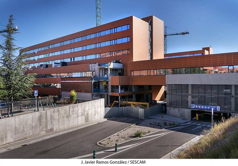 El SESCAM firma la recepción parcial de la ampliación del Hospital Universitario de Guadalajara