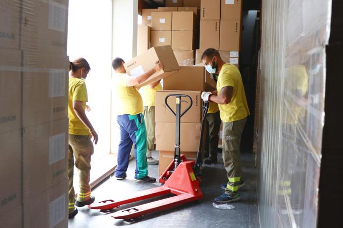 La Junta ha repartido esta semana más de 203.000 artículos de protección en los centros sanitarios