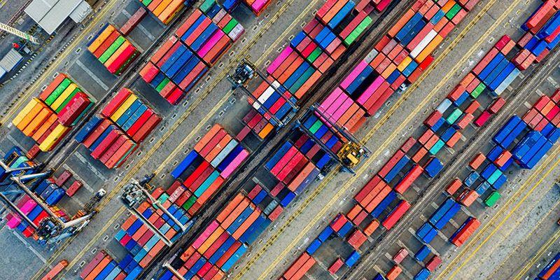 Los sectores de la alimentación y bebidas y de bienes de consumo tiran de las exportaciones hasta su mejor registro en septiembre en la región