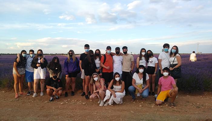 Villanueva de la Torre organiza sendas salidas culturales a Madrid y a Alcalá de Henares dirigidas a su juventud