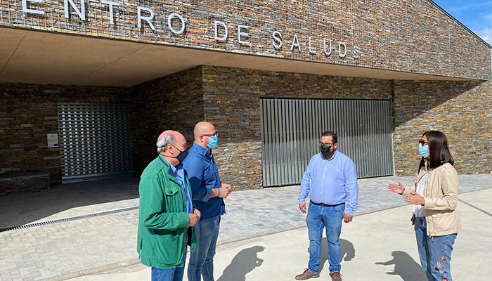 """Castillo denuncia que el nuevo Centro de Salud de Alcolea del Pinar """"está cerrado"""" pese al anuncio de los socialistas"""