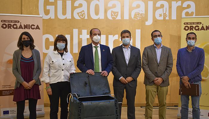 El Ayuntamiento de Guadalajara inicia la recogida de residuos orgánicos con una intensa campaña de sensibilización