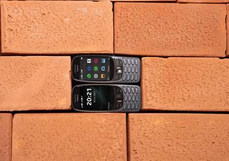 El icónico Nokia 6310 regresa 20 años después de su lanzamiento