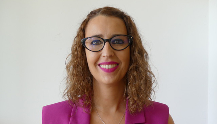 """Sara Simón """"Espero que la Medalla de Oro a la Comunidad Educativa sirva para que la derecha no vuelva a recortar en Eduación"""""""
